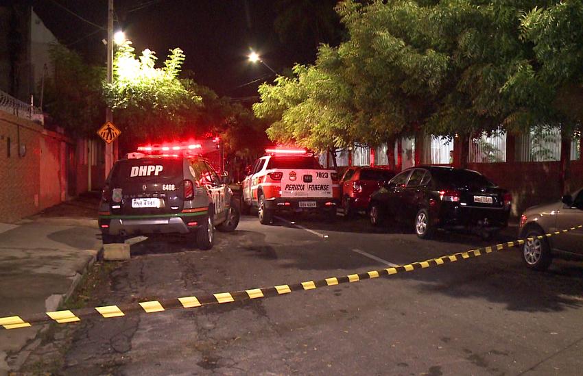 Universitário é morto em tentativa de assalto na calçada de faculdade em Fortaleza