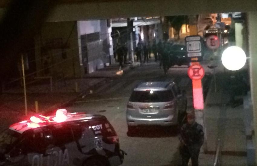 Primo de vítima da Tragédia em Milagres contesta versão de policial de que reféns já estavam mortos