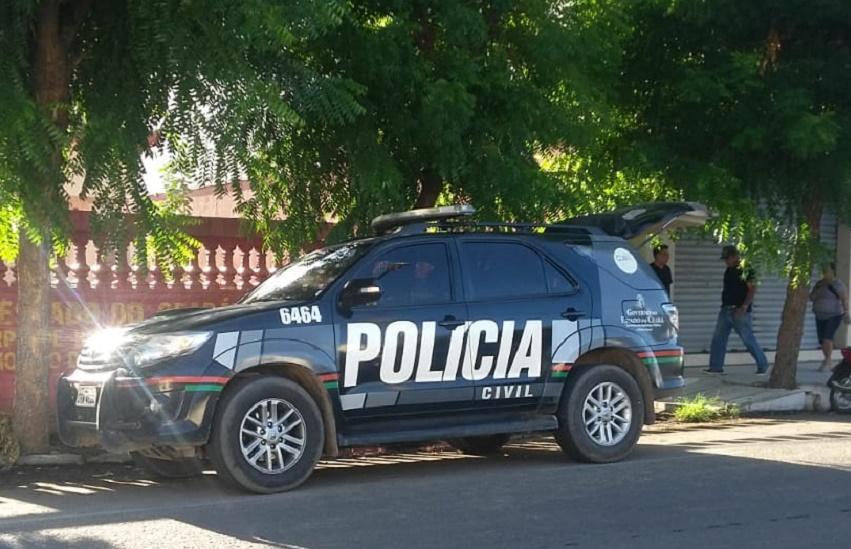 Ex-servidores de Limoeiro são presos em operação contra fraudes em licitações