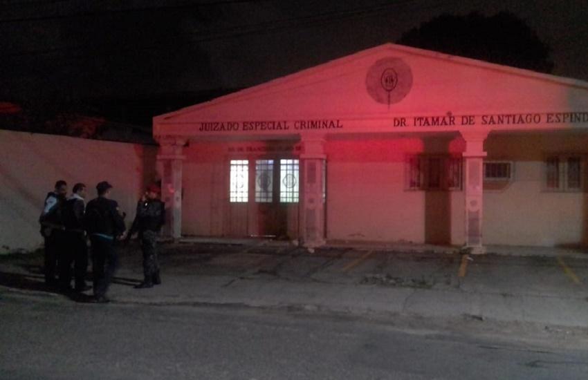 Onda de terror chega ao 12º dia com ataques a prédios públicos no Ceará
