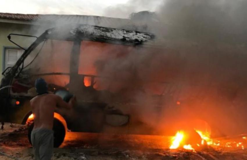 Jericoacoara sofre 2º ataque criminoso em incêndio a veículos estacionados na Prefeitura
