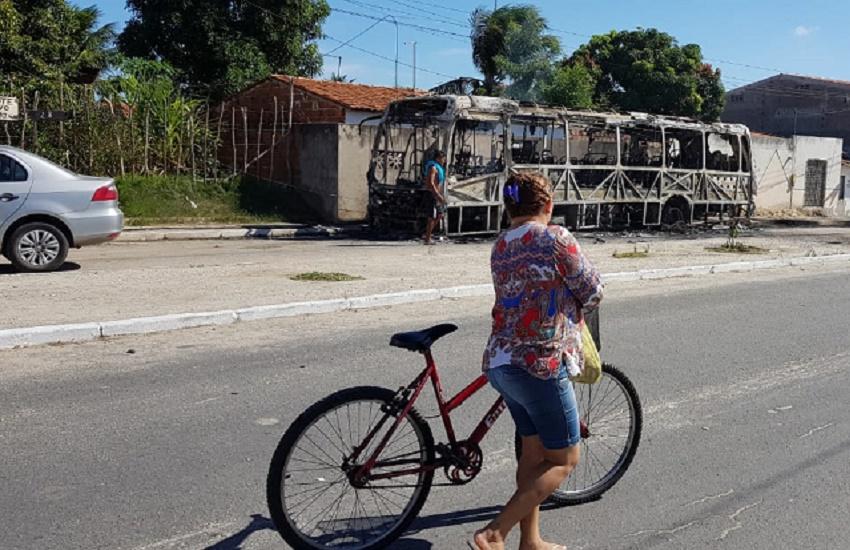 Onda de ataques prejudica turismo em meio à alta estação em Fortaleza
