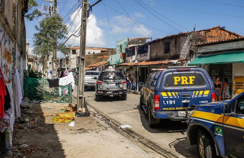 """Busca por """"ataques em Fortaleza"""" no Google é 25 vezes maior do que nas últimas ondas de terror"""