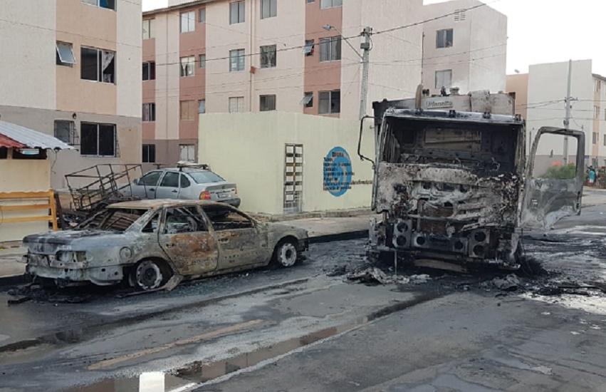 Governo disponibiliza telefone para população denunciar autores de ataques no Ceará