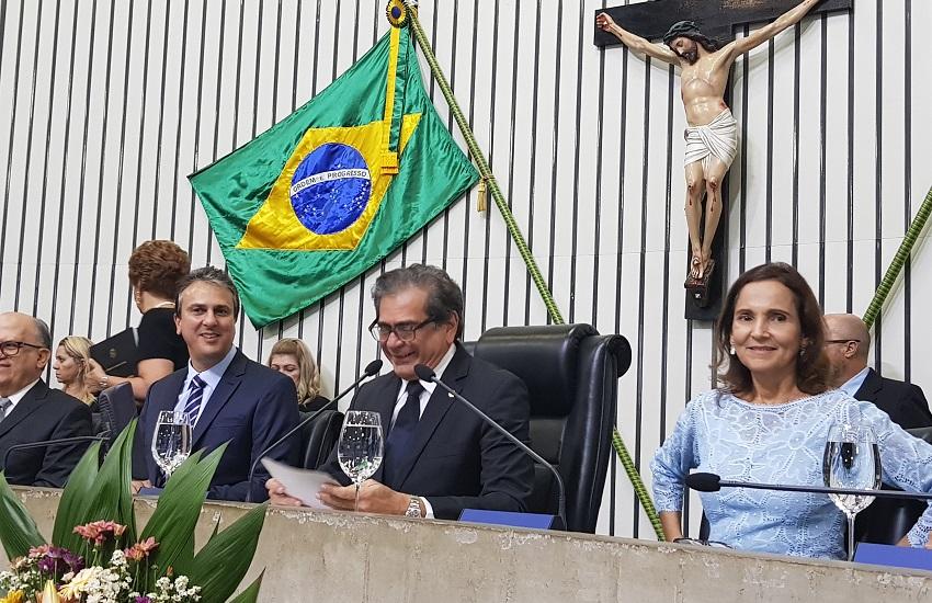 Camilo Santana é empossado e oficializa secretariado do 2° mandato no Governo do Ceará