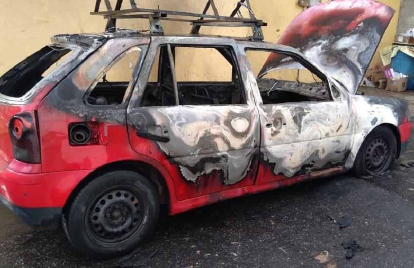 Mais de 100 veículos já foram atacados na onda de terror no Ceará