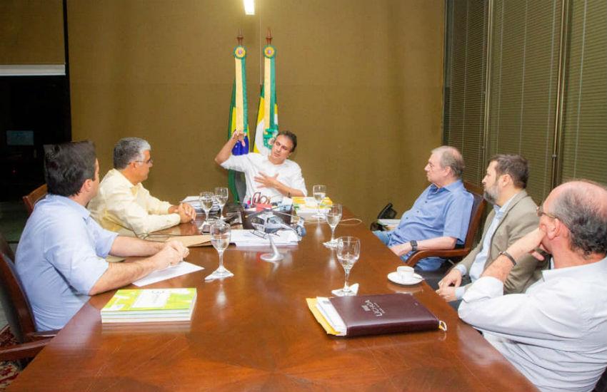 Governador se reúne com Tasso, Girão e Cap. Wagner para discutir a crise de segurança