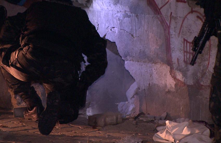 Bandidos explodem bomba na base do viaduto do metrô da Parangaba, em Fortaleza