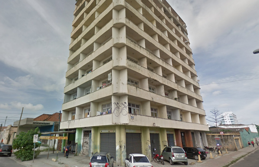 Mulher morre ao cair em fosso de elevador no Centro de Fortaleza