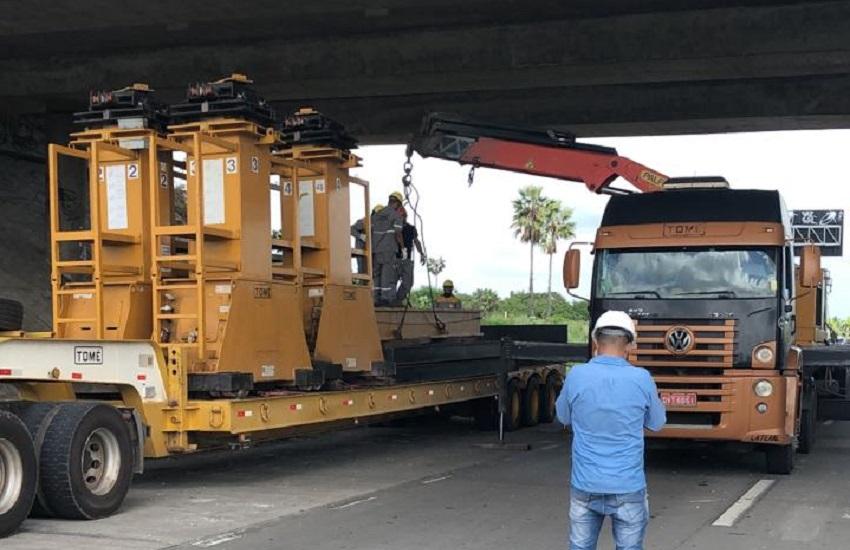 Viaduto de Caucaia que sofreu explosão recebe operação para evitar desabamento