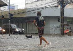 Fortaleza tem registro de chuva na manhã desta quarta