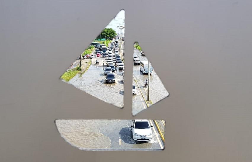 Após 24h da maior chuva do ano, Fortaleza ainda sofre com alagamentos em vários bairros