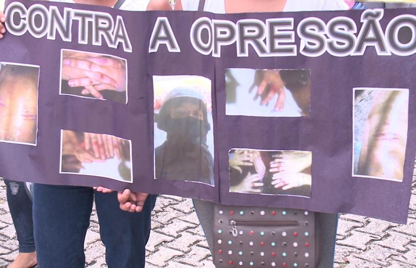 Parentes de presos denunciam maus tratos e tortura em nova gestão nos presídios do Ceará