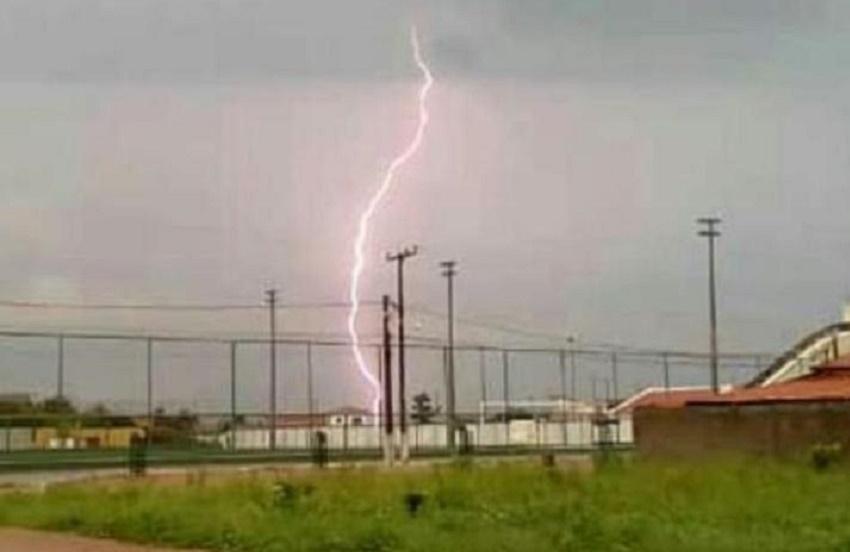Mais de 5 mil raios são registrados em chuva que surpreendeu o Ceará nesta semana