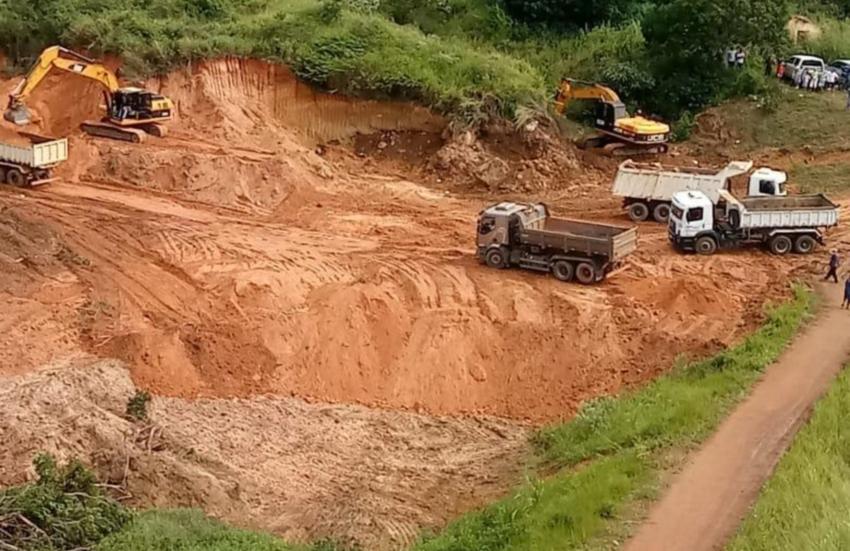 """""""Quem não saiu de casa, por favor, saia"""", diz prefeito de Ubajara por risco de rompimento de barragem"""
