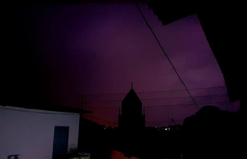 Chove em metade dos municípios cearenses nas últimas 24 horas; raios são registrados durante noite