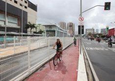 Ciclovia da Bezerra de Menezes está há quatro anos sem manutenção. (Foto: Prefeitura de Fortaleza/Marcos Moura)