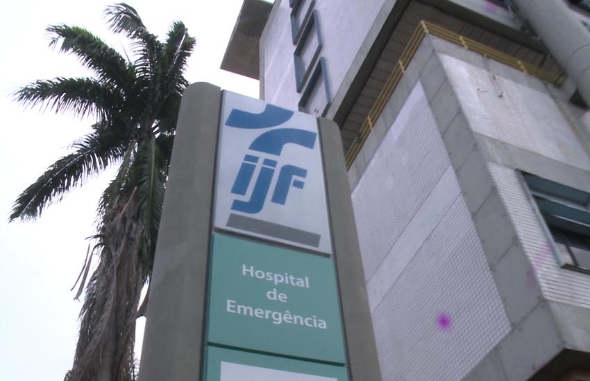 Jovem que acompanhava surfista morta por raio em Fortaleza está em observação por afogamento