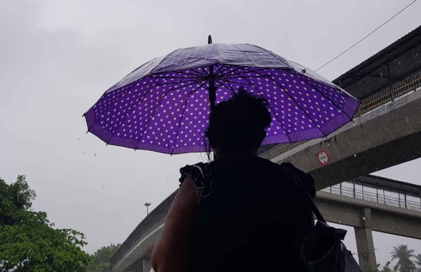 Fortaleza registrou chuva de 49 milímetros (FOTO: Dorian Girão/TV Jangadeiro)