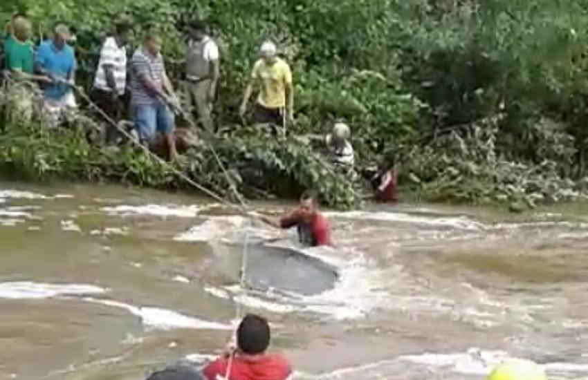 """Duas pessoas morrem ao tentar atravessar """"passagem molhada"""" entre Ceará e Piauí"""