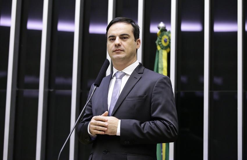 """Aliado de Bolsonaro, Capitão Wagner reclama que Governo está """"batendo cabeça"""" em questões sérias"""