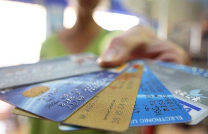 Beneficiários do INSS agora contam com cartão de crédito com taxa de juros diferenciada