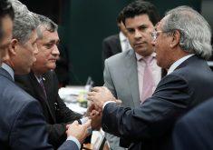 Paulo Guedes pediu desculpas a Guimarães depois de lembrar caso dos dólares na cueca. (Foto: Pablo Valadares/Câmara dos Deputados)