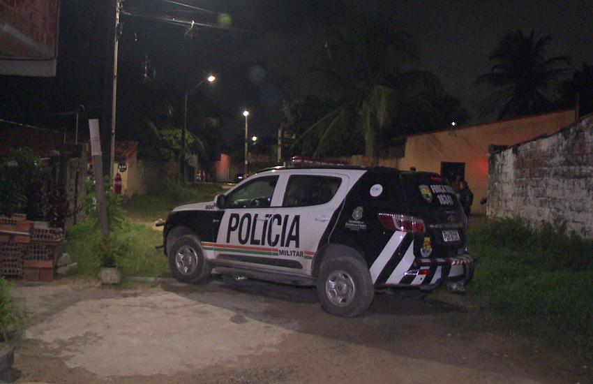 Travesti é assassinada perto de casa no Conjunto Palmeiras, em Fortaleza
