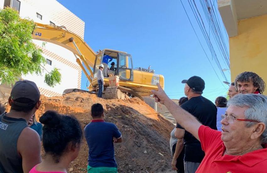 Demolição de prédio que desabou parcialmente em Fortaleza deve durar pelo menos 3 dias