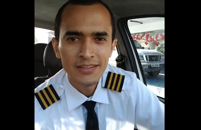 Motorista de app trabalha fardado de piloto de avião para realizar sonho aéreo