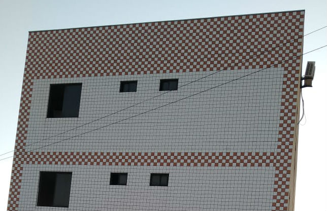 Parte de prédio residencial desaba em Fortaleza neste sábado (1º)