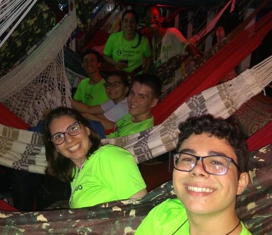 Estudantes trocam festa de conclusão de curso por expedição