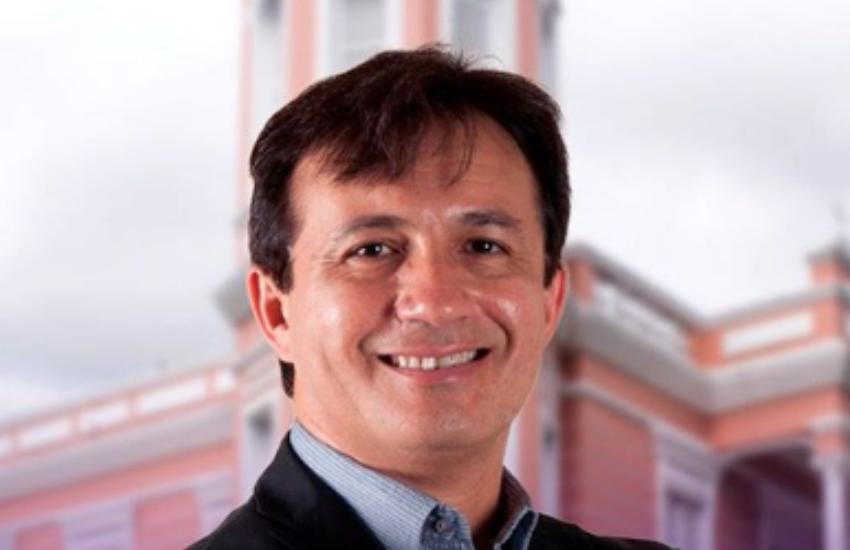 Candidato mais votado para reitor da UFC defende que Bolsonaro deveria rever decisão