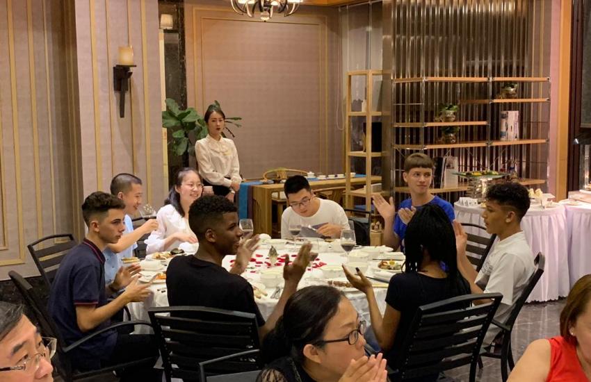 Estudantes cearenses na China