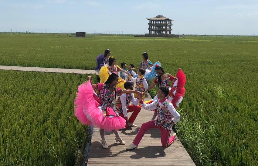 Junto com jovens de mais de 20 países, os estudantes conheceram a cidade de Dalian, a 840 km de Pequim (FOTO: Divulgação)