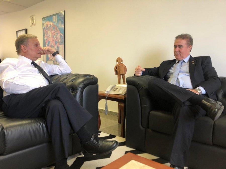 Desde maio, o Senado se reúne com os governadores para articular pautas de interesse dos estados (FOTO: Frente Nacional de Prefeitos)