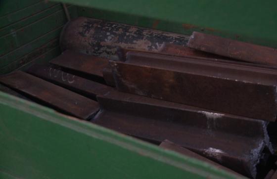 A polícia encontrou cerca de 1000 kg de linha férrea com o suspeito (FOTO: TV Jangadeiro/SBT)