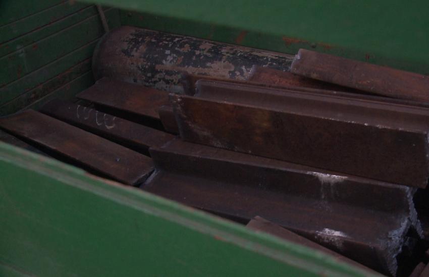 Ladrão é preso após furtar uma tonelada de linha férrea em Maracanaú