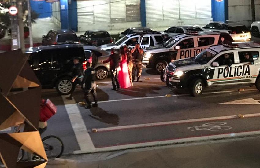 Tiros durante abordagem policial assustam moradores e motoristas no Meireles