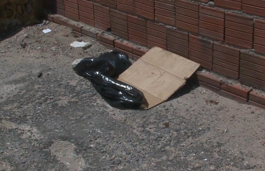 Recém-nascido foi encontrado no estacionamento (FOTO: Reprodução/TV Jangadeiro)
