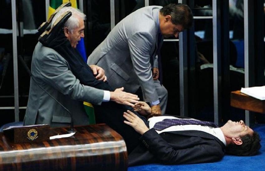 Cid Gomes tem queda de pressão no Senado e é socorrido por colegas