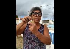 Lucilene comprou e entregou um novo cadeado após precisar arrombar o portão do cemitério público de Cascavel (FOTO: Reprodução/WhatsApp)