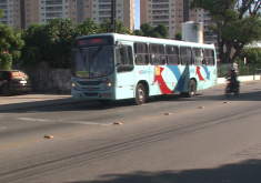 Como medida de segurança, o sistema de transporte público reduziu a frota e opera com 75% da capacidade (FOTO: Reprodução/TV Jangadeiro)