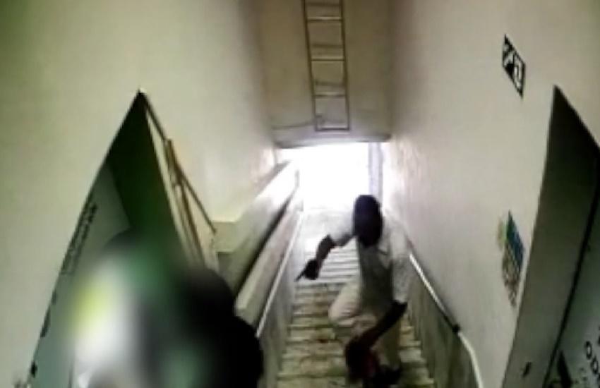 Homem assalta clínica, entra em luta corporal com cliente e é preso