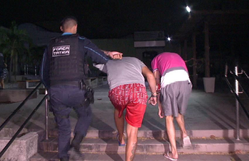 """""""Me furaram de maldade"""", conta motorista de app esfaqueado em assalto em Fortaleza"""