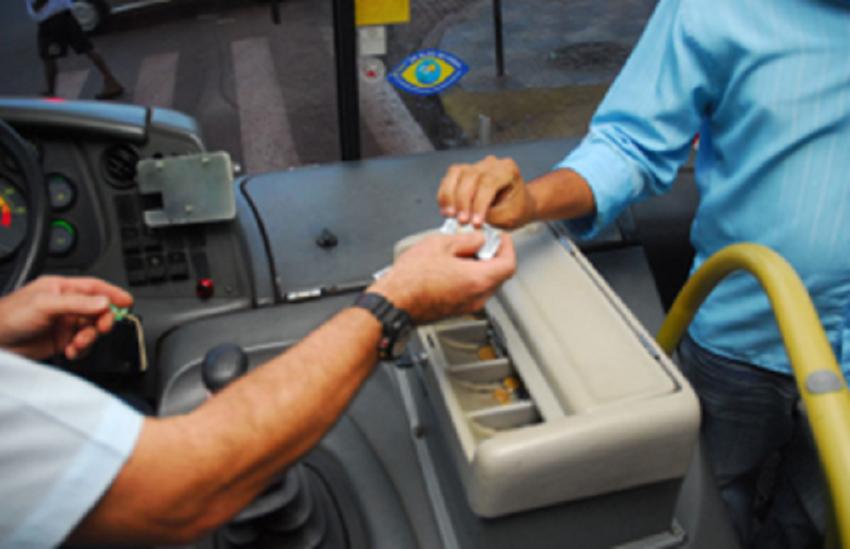 AL envia ao governador projeto que proíbe motoristas de ônibus de exercerem função de cobrador