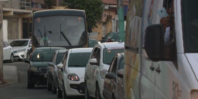 População reclama de congestionamento após implantação de semáforo em cruzamento no Mucuripe