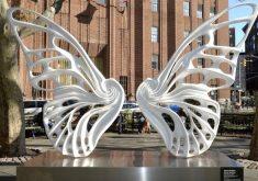"""""""Dandara"""" é uma das esculturas que fazem parte de uma série chamada de """"Máquina de Sonhos"""" (FOTO: Reprodução/Instagram)"""