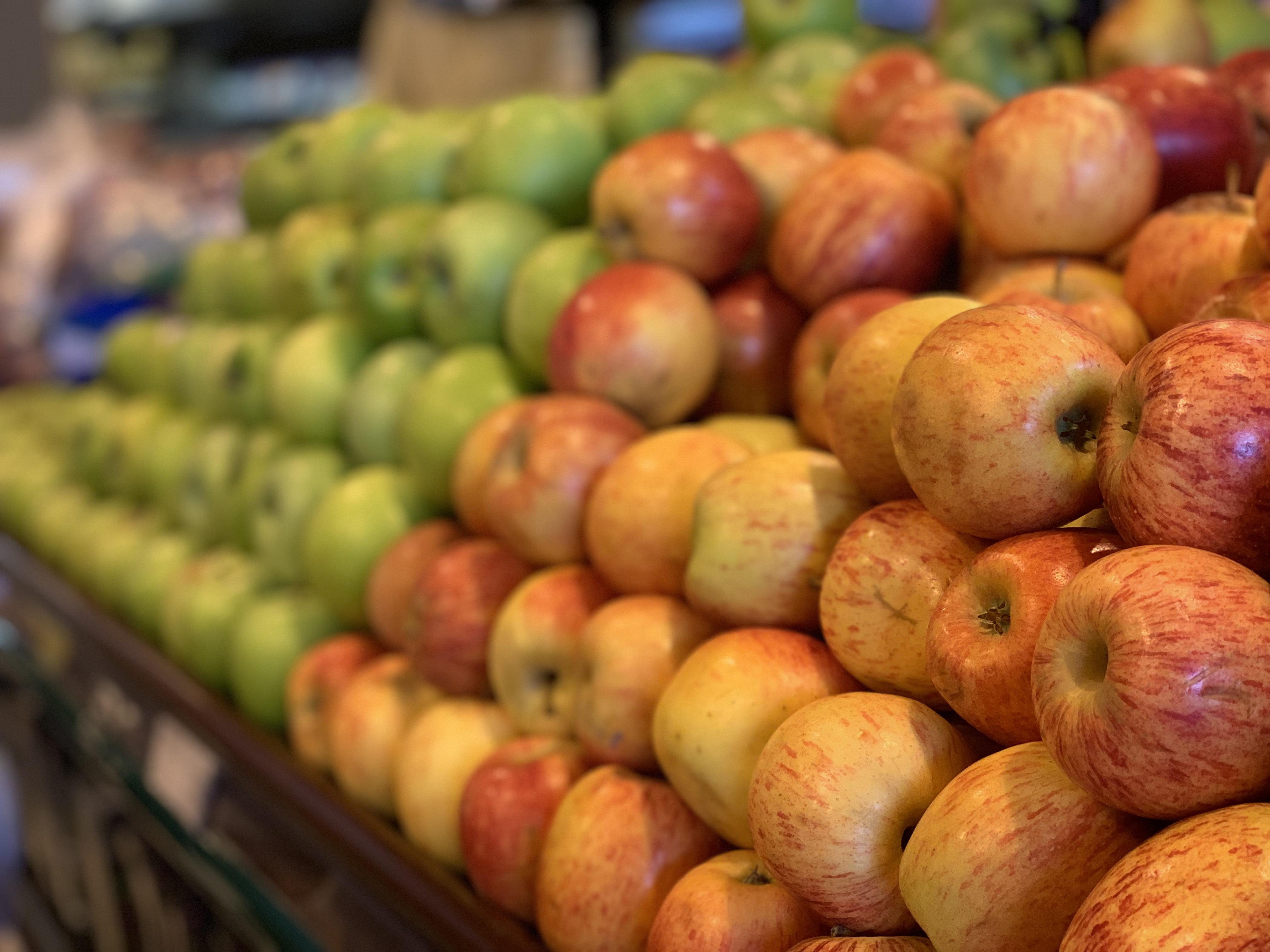 Confira dicas para escolher alimentos saudáveis na hora de fazer compras