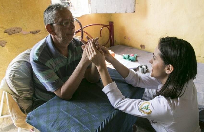 UFC realiza projeto de reabilitação motora para pacientes que tiveram AVC